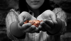 giving-hands-1